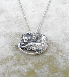 Pendants necklaces da vincis cat pendant da vincis cat pendant gaelsong exclusive the allure of the cat drew the attention even of leonardo davinci in his notebooks drawings of various felines mozeypictures Choice Image